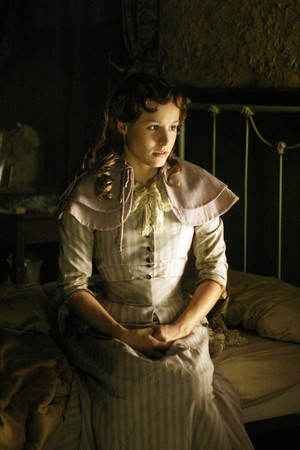 1x08 - Suffer the Little Children - Flora Anderson