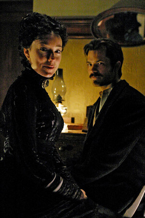 1x09 - No Other Sons or Daughters - Alma Garret and Seth Bullock