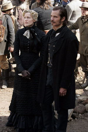 2x11 - The Whores Can Come - Martha and Seth Bullock