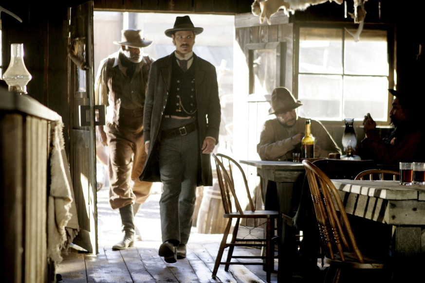 Deadwood Images 3x04   Full Faith And Credit   Hostetler And Seth Bullock  HD Wallpaper And Background Photos
