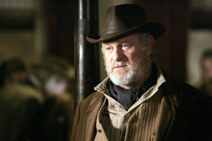 3x05 - A Two-Headed Beast - George Hearst