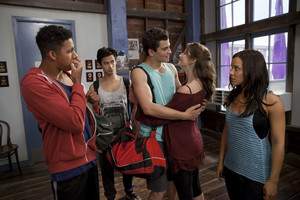 3x06 - Fake It Until You Make It - Ollie, Christian, Ben, Tara and Abigail
