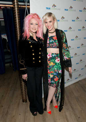 5th Annual 'Cyndi Lauper and Friends: ホーム for the Holidays' Benefit コンサート