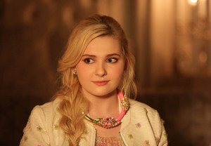 Abigail Breslin as Chanel 5 / Libby Putney in Scream Queens - 'Beware of Young Girls'