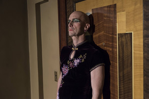 "American Horror Story: Hotel ""She Gets Revenge"" (5x10) promotional picture"