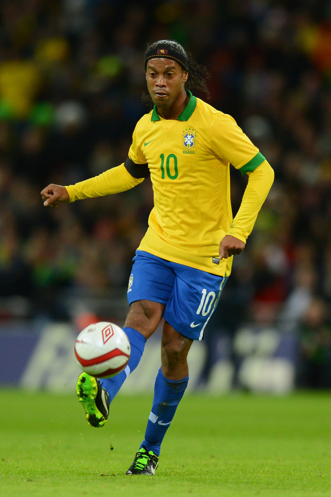 Soccer Images Ronaldinho Hd Wallpaper And Background Photos 39101658