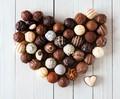 Chocolate Truffles - chocolate wallpaper