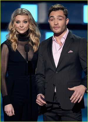 Ed Westwick Takes the Stage at People's Choice Awards