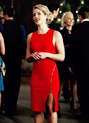 "Felicity in 4x09 ""Dark Waters"""