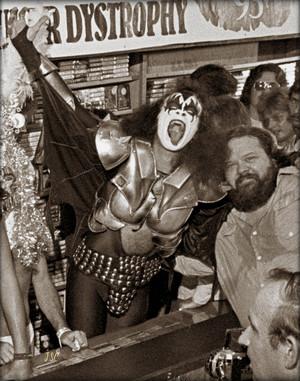 Gene ~Atlanta, Georgia…August 14, 1976 (Peaches Records)