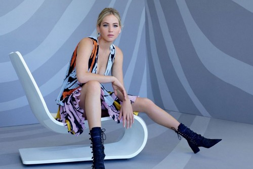 Jennifer Lawrence wallpaper possibly with bare legs, tights, and a swimsuit entitled Jennifer Lawrence - L'Officiel Magazine China Photoshoot - January 2016