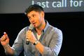 Jensen - Jib Con 2014 - jensen-ackles photo