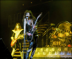 KISS ~December 14, 1977 Alive II Tour (NYC) Madison Square Garden