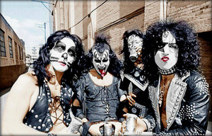 KISS ~Detroit, Michigan…May 13, 1974 (Creem Magazine Offices)