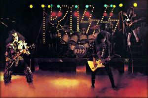 KISS ~Reading, Massachusetts…November 15-21, 1976 (Rock And Roll Over tour dress rehearsal