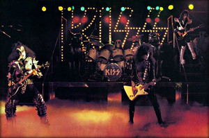 吻乐队(Kiss) ~Reading, Massachusetts…November 15-21, 1976 (Rock And Roll Over tour dress rehearsal)