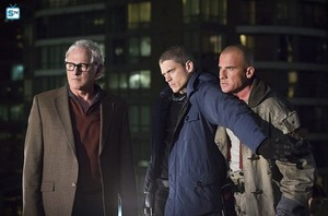Legends of Tomorrow - Episode 1.01 - Pilot, Part One - Promo Pics