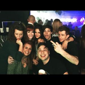 Louis and دوستوں