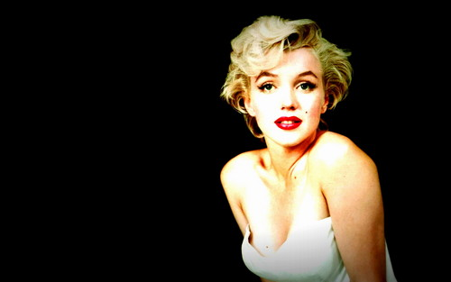Marilyn Monroe wallpaper possibly containing a leotard, tights, and a bustier titled Marilyn <3