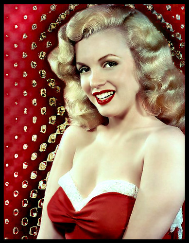 marilyn monroe fondo de pantalla possibly containing a cóctel, coctel dress and a portrait entitled Marilyn Monroe