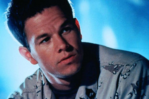 Mark Wahlberg as Troy Barlow in Three Kings