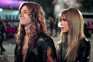 Mark Walhberg as Chris 'Izzy' Cole in Rock star, sterne