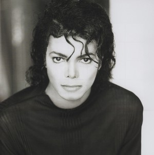 Michael Jackson - HQ Scan - Man in the mirror cover single Photosession sa pamamagitan ng Matthew Rolston