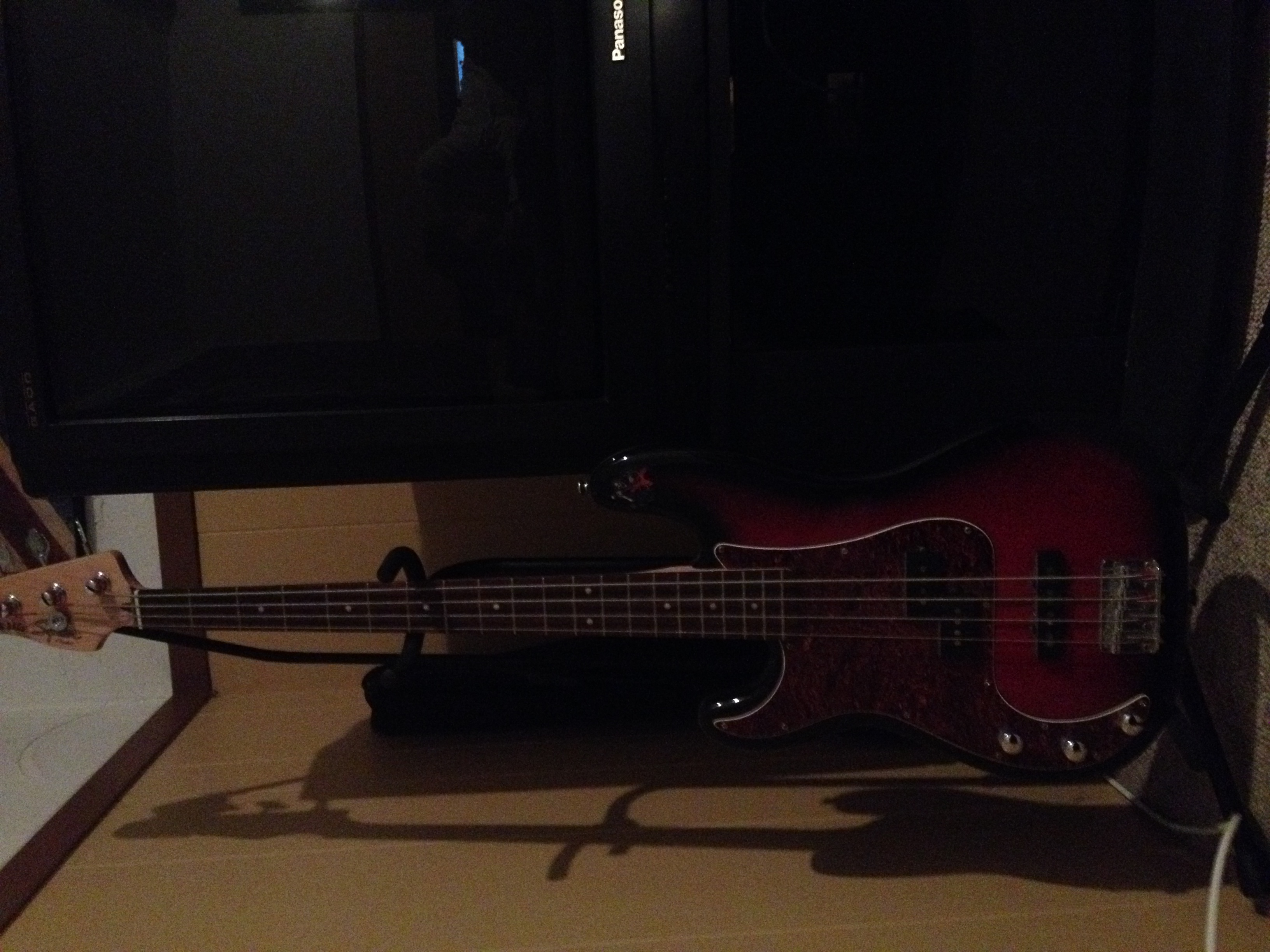 My old bas, bass gitaar :)