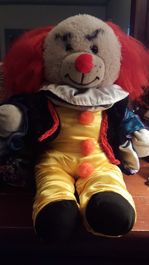 Pennywise teddy beer