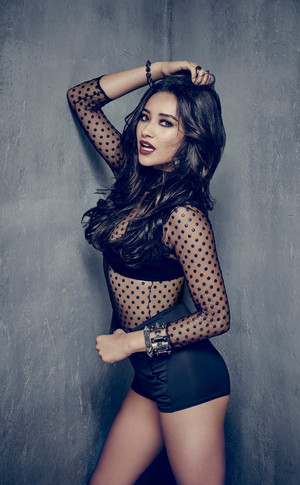 Pretty Little Liars Emily Season 6b Portrait