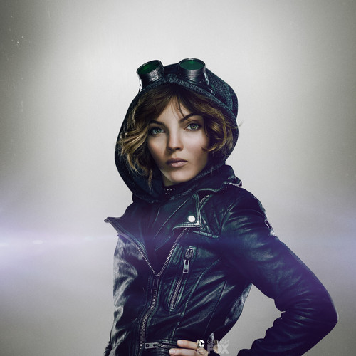 Gotham wallpaper containing a hip boot, an outerwear, and a box casaco entitled Selina Kyle