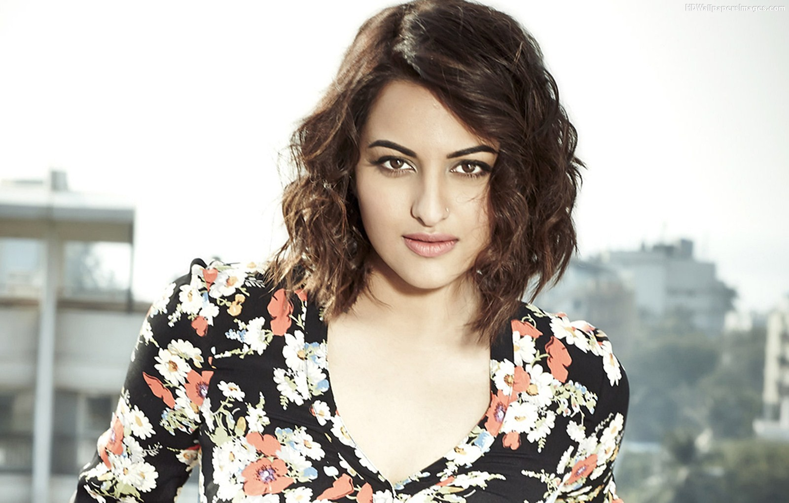 sonakshi sinha images sonakshi sinha ~ the utterly stunning beauty