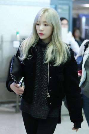 Taeyeon - Airport 151213