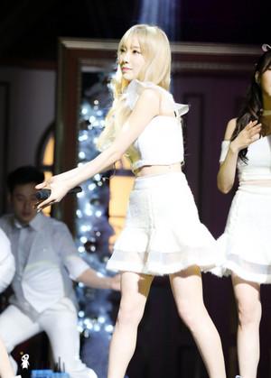 Taeyeon @ TTS Showcase