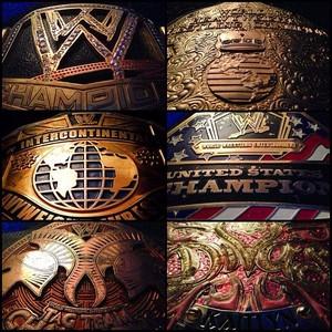 WWE CHAMPIONSHIP ゴールド