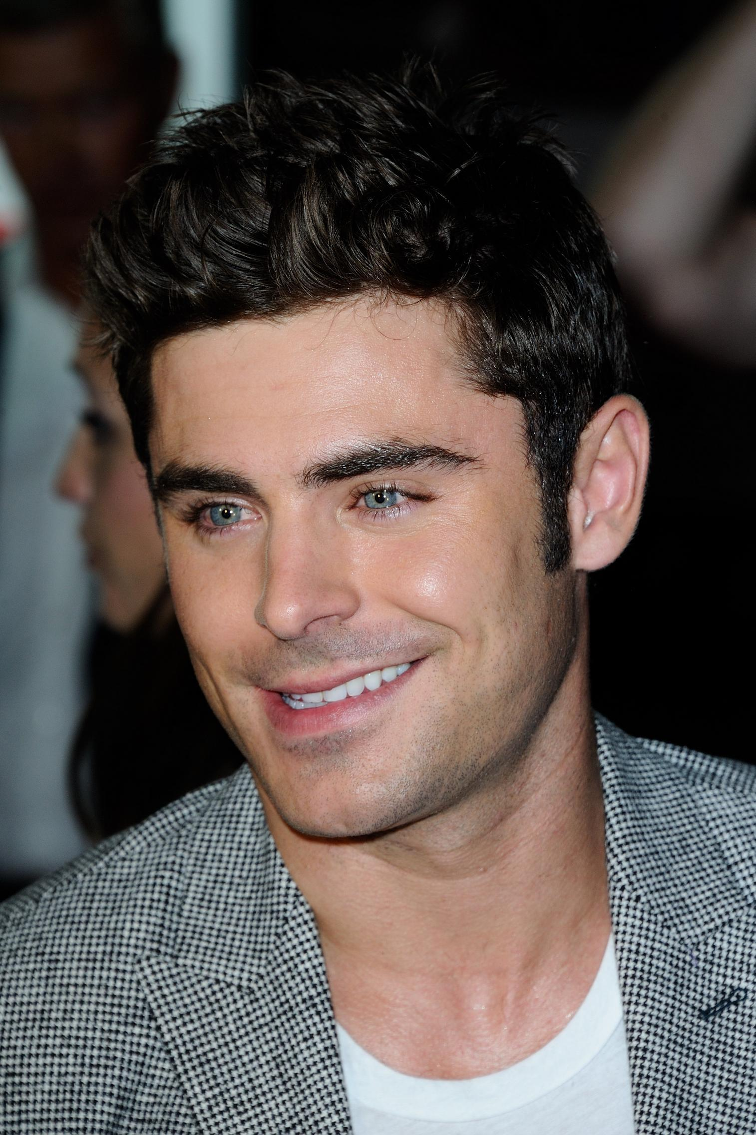 Zac Efron - Zac Efron Photo (39192692) - Fanpop Zac Efron