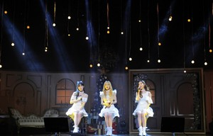 girls generation taetiseo celebrates natal with dear santa