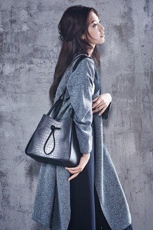 park shin hye bruno magli bags 2015 fall winter collection 2