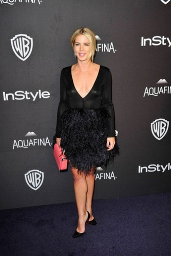 Emily Bett Rickards karatasi la kupamba ukuta possibly containing a cocktail dress called January 10th 2016, InStyle And Warner Bros. 73rd Annual Golden Globe Awards Post-Party
