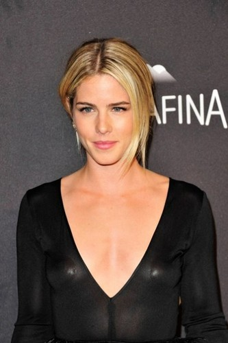 Emily Bett Rickards वॉलपेपर containing a portrait entitled January 10th 2016, InStyle And Warner Bros. 73rd Annual Golden Globe Awards Post-Party