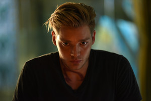 'Shadowhunters' 1x07 Major Arcana (stills)