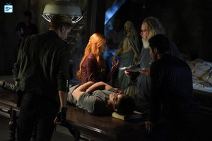 'Shadowhunters' 1x08 Bad Blood (behind the scenes)