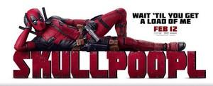 'Skull Poop L' Poster