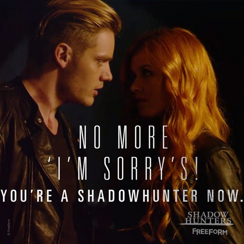 "Shadowhunters TV Zeigen Hintergrund with a portrait entitled ""You're a Shadowhunter Now."""