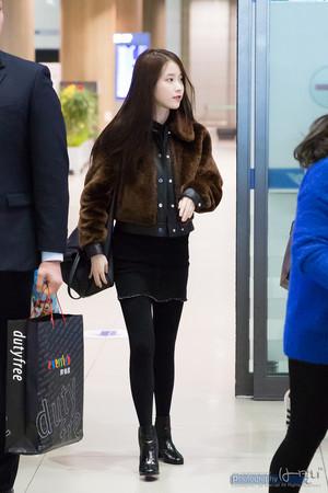 160111 IU Arriving Korea