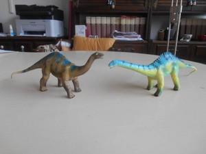 Apatosauro e diplodoco Geoworld