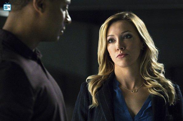 Arrow season 4 promo pics / Shining hearts episode 03