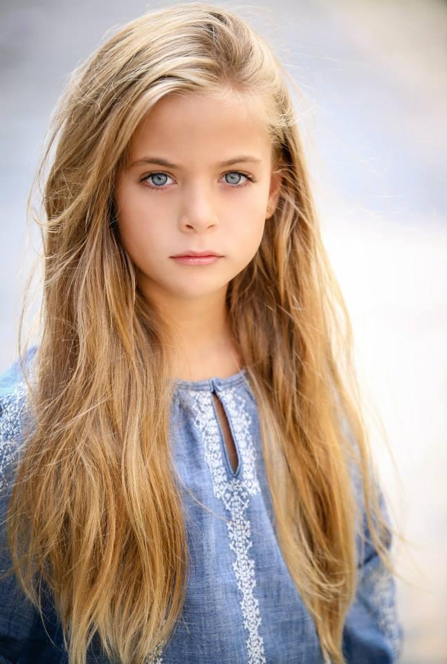 Beautiful Albanian Girl, Албания - People - Албания фото