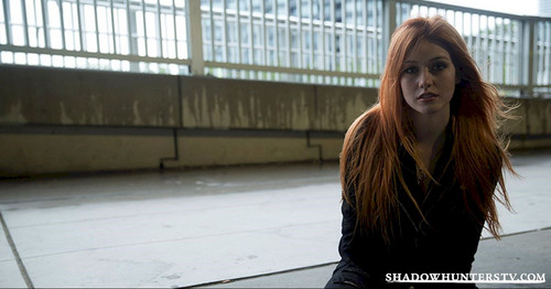 Shadowhunters TV 表示する 壁紙 called Clary Fray
