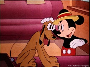 Walt Disney Images - Pluto the Pup & Mickey Mouse
